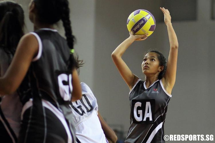 Ann-Margaret (GA) of SSP takes a shot. (Photo  © Chan Hua Zheng/Red Sports)