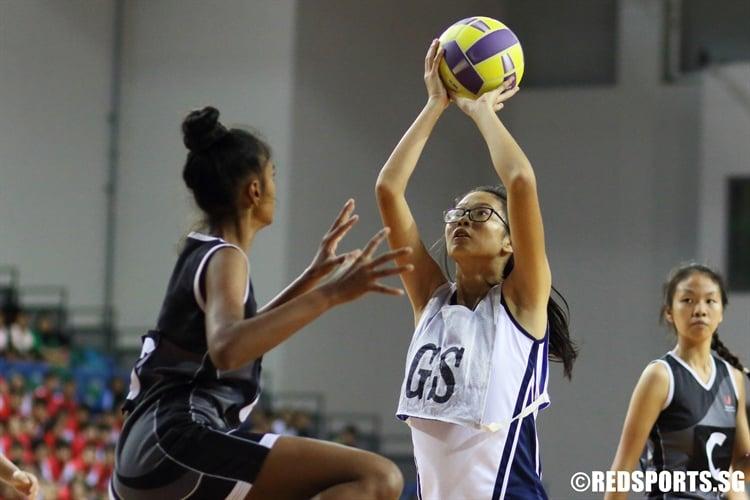 Priscilla Wong (GS) aims for a shot. (Photo  © Chan Hua Zheng/Red Sports)