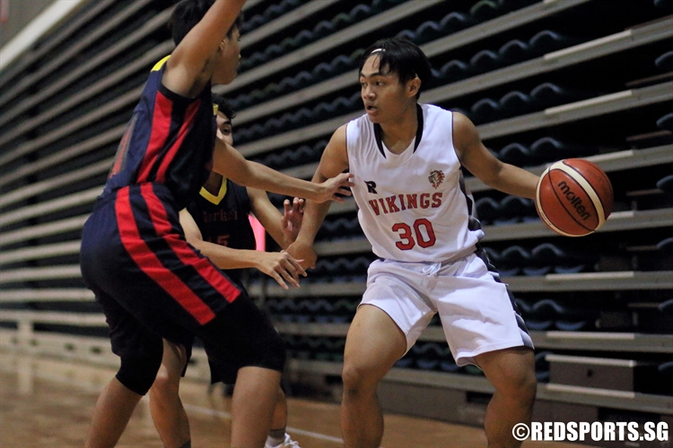 Reuben David (NV #30) gets trapped in the corner by two ACS Barker players. (Photo 9  © Dylan Chua/Red Sports)