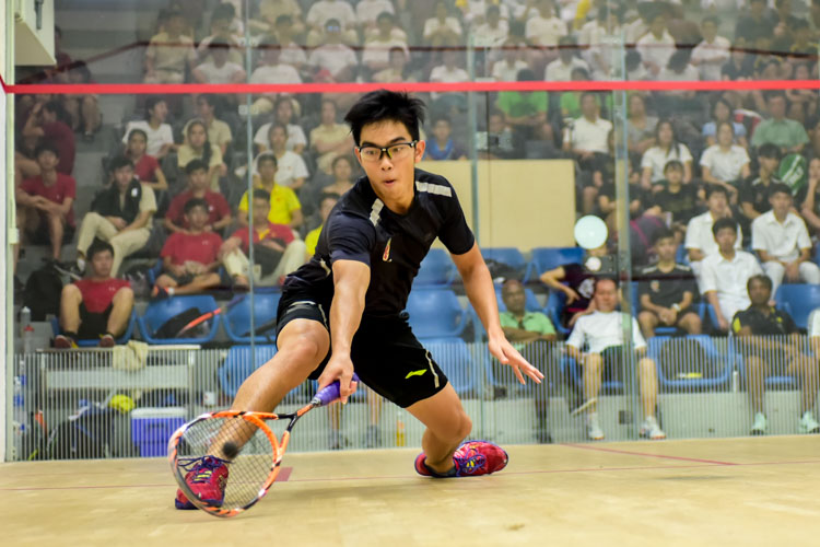 Clement Hung of RI in action during his match against HCI's Kieren Tan. (Photo © Stefanus Ian/Red Sports)