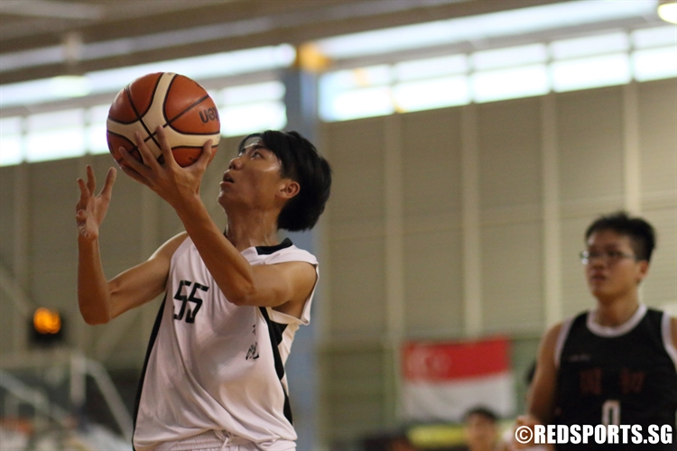 Luke Cheong (CJC #55) goes for a lay-up on his way to a 10-point performance. (Photo 2 © Dylan Chua/Red Sports)