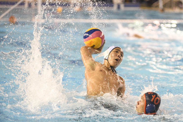 NUS opened their NYSI Water Polo league campaign with an emphatic 20-6 win over NP to record their first three points. (Photo 1 © Stefanus Ian/Red Sports)