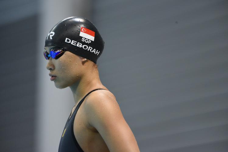 Deborah Ho preparing herself before her  women's 50m breaststroke semi final. (Photo 1 © Stefanus Ian/Red Sports)