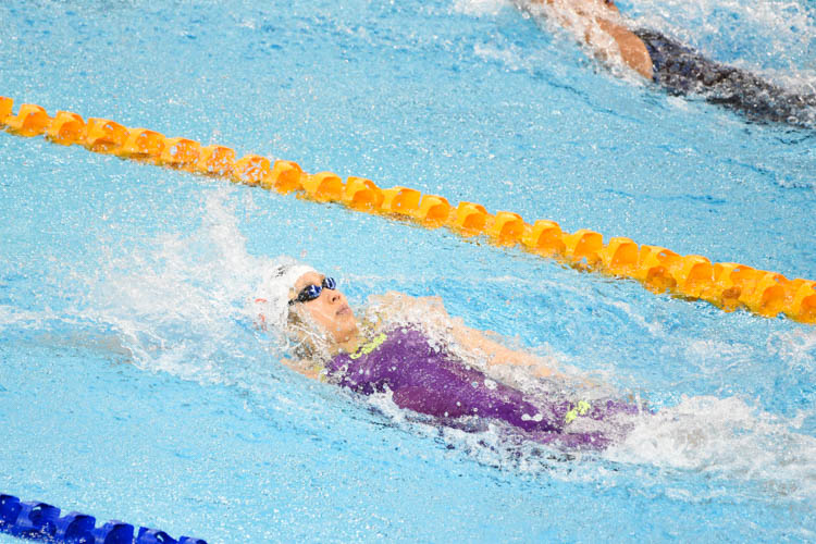Chantal Liew in action during the women's 50m backstroke final at the 14th Singapore National Swimming Championships 2018. She stopped the clock at 30.76s in a very tight final, missing out on a medal by just 0.63s. (Photo 1 © Stefanus Ian/Red Sports)