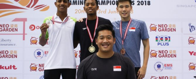 Aflah Prawira of Indonesia clocked a time of 8 minutes 7.50 seconds to clinch the gold medal of the Men's 800 Freestyle race. Advait Page of Shishukunj Swimming Academy came in second with a time of 8 minutes 10.22 seconds. Glen Lim of Swimfast Aquatic Club came in third with a time of 8 minutes 15.08 seconds setting a new national record. (Photo © Lee Jian Wei/Red Sports)