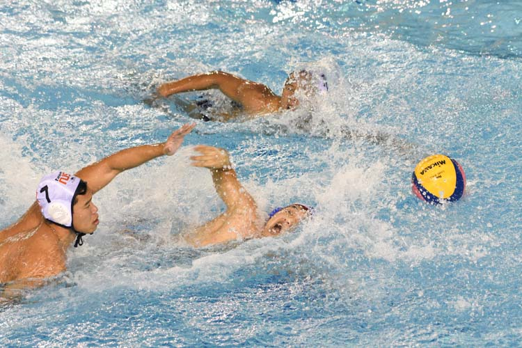 National University of Singapore (NUS) extended their unbeaten streak to four matches as they comfortably beat Nanyang Technological University (NTU) 17-8 at their home pool. (Photo 1 © Stefanus Ian/Red Sports)