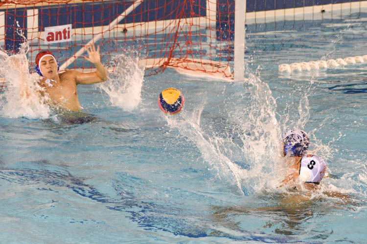 Daryl Ho (NUS #8) scoring one of his goals during the match. (Photo 1 © Stefanus Ian/Red Sports)