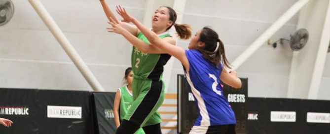 Sheryl Koh (RP #2) elevates for a transition lay-up. She tallied a game-high 16 points in the victory. (Photo © Chan Hua Zheng/Red Sports)