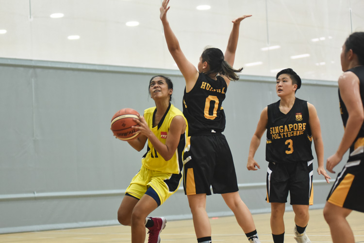 SP defended their POL-ITE basketball title and ended their season with a 57-53 win over ITE. (Photo 1 © Stefanus Ian/Red Sports)