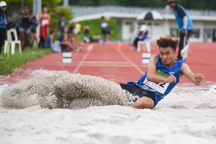Shawn Jong of Ngee Ann Polytechnic competing in the Men's Triple Jump Open event. (Photo © Stefanus Ian/Red Sports)