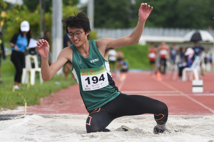 Ephraim Soh of Republic Polytechnic competing in the Men's Triple Jump Open event. (Photo © Stefanus Ian/Red Sports)
