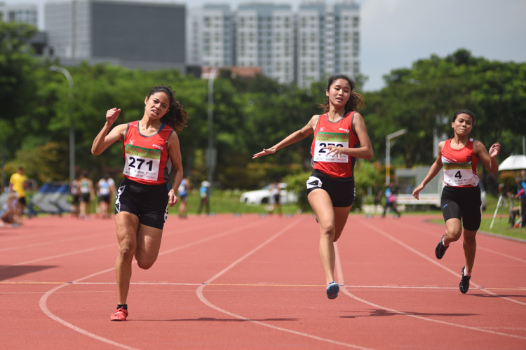 Temasek Polytechnic dominated the women's 100m event with a 1-2 finish as Haane binte Hamkah (#271) and Clara Goh (#273) grabbed the gold and silver medals respectively. (Photo 1 © Stefanus Ian/Red Sports)