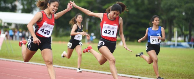 Temasek Polytechnic clinched a 1-2 finish in the IVP 100m Women's event with Clara Goh (#421) coming in second to win silver with a time of 12.75s. (Photo 1 © Stefanus Ian/Red Sports)