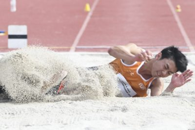 Shaun Moh of NUS clinched the gold medal in the Men's Long Jump event with a final distance of 6.95m. (Photo 1 © Stefanus Ian/Red Sports)
