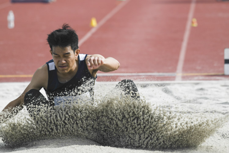 Jerrel Wang of SMU clinched the silver medal in the Men's Long Jump event with a final distance of 6.78m. (Photo 1 © Stefanus Ian/Red Sports)