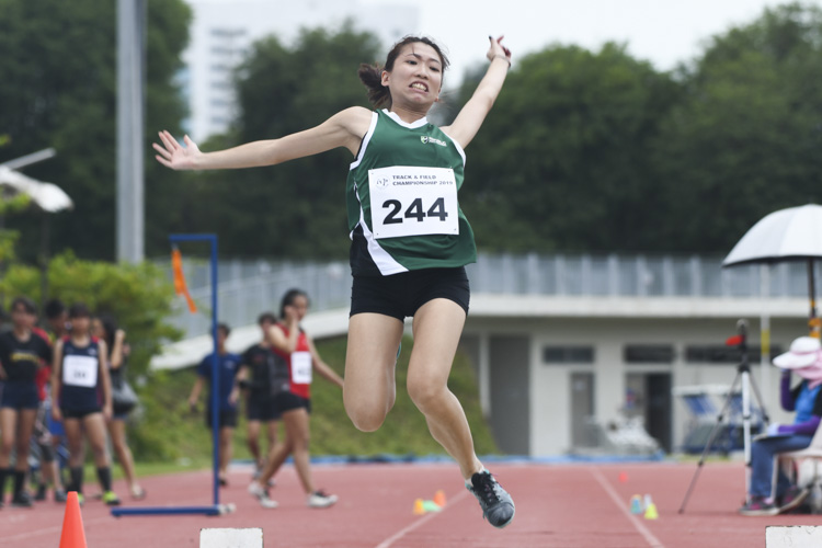 Bee Jia Sui of RP finished sixth in the Women's Long Jump event with a final distance of 4.24m. (Photo 1 © Stefanus Ian/Red Sports)