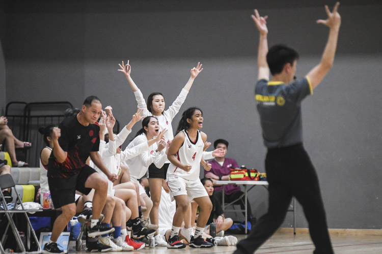 The Temasek Polytechnic team celebrating a three pointer during the match. (Photo 1 © Stefanus Ian/Red Sports)