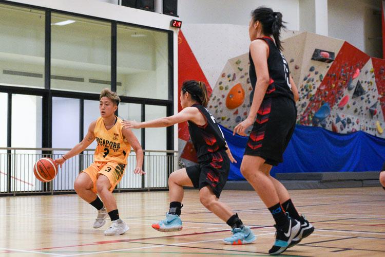 NTU beat SP 63-44 to advance to the IVP Basketball Championship final. (Photo 33 © Iman Hashim/Red Sports)