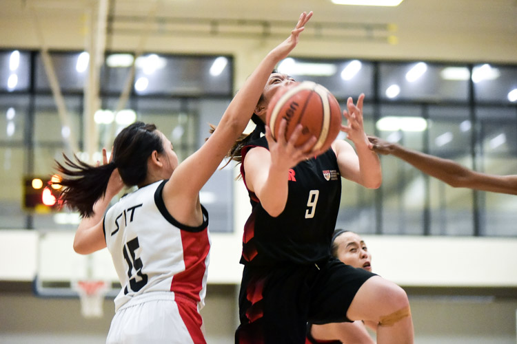 Amanda Lim (NTU #9) goes for the lay-up. NTU beat SIT 61-34 to reclaim the IVP Women's Basketball Championsip title. (Photo 3 © Iman Hashim/Red Sports)