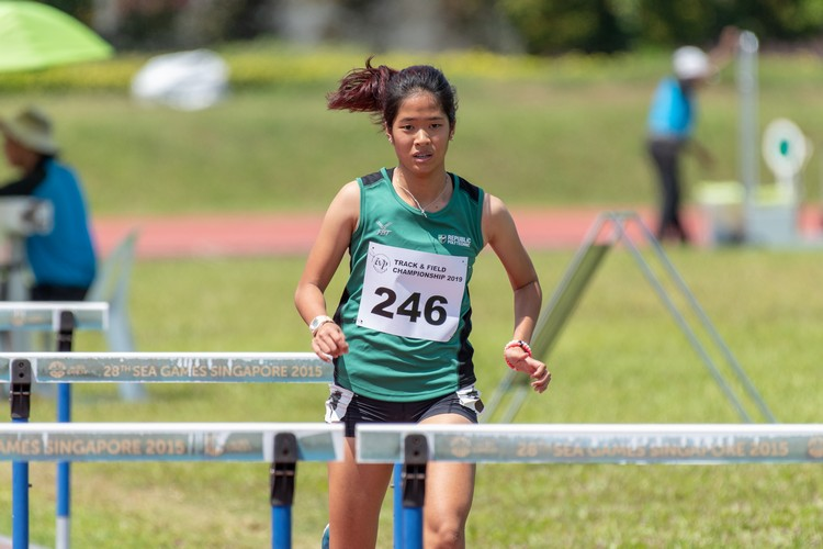 Rachel Chin of RP secured a close victory in the 100-metre hurdles final with a time of 16.33s.