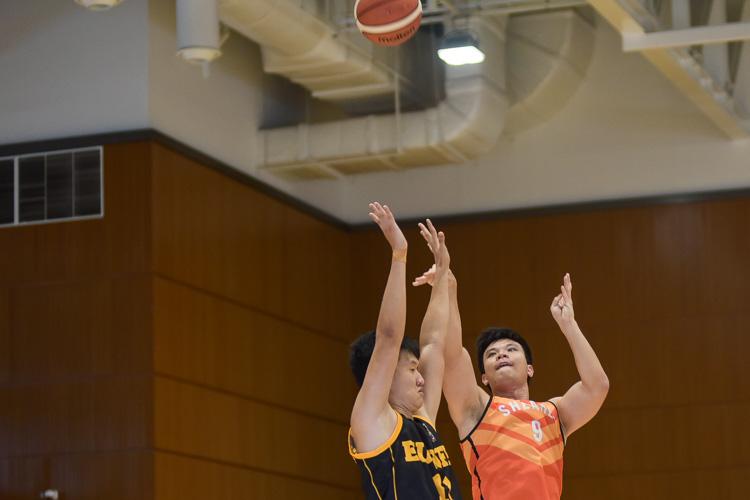 Tan Reng Tian (SH #9) attempts a shot. (Photo 22 © Iman Hashim/Red Sports)