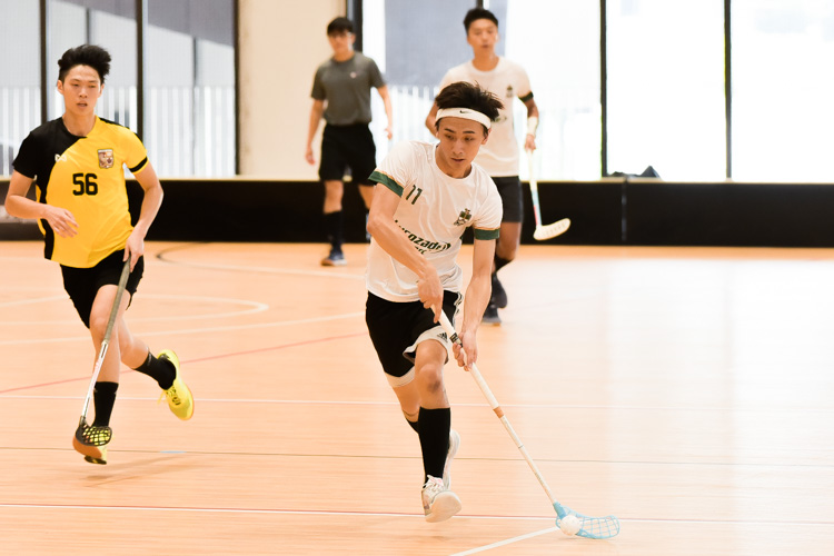 Silas Choe (TH #11) in control of possession. (Photo 2 © Iman Hashim/Red Sports)