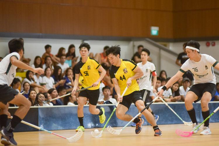 Lloyd Teo (EH #44) manouvres through. (Photo 6 © Iman Hashim/Red Sports)