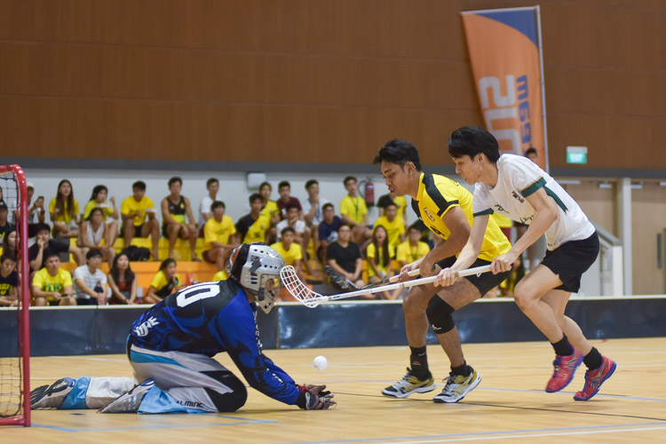 Lim You Xuan (TH #20) sees his effort saved. (Photo 12 © Iman Hashim/Red Sports)