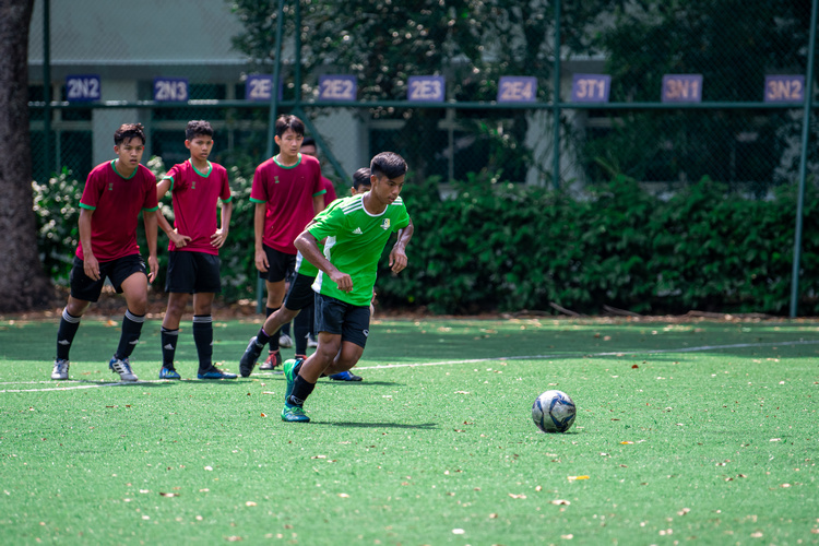 Izzan (#6) takes a penalty shot against Serangoon Gardens. (Photo 4 © Jared Khoo/REDintern)