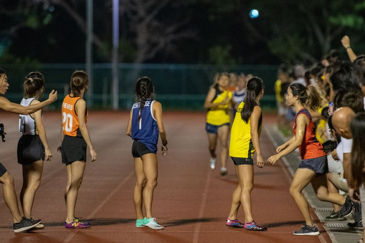 The 800m female runners waiting for their turn in the mixed medley event. (Photo 10 © REDintern Jared Khoo)