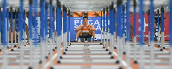 The calm before a record-breaking run: Ang Chen Xiang twice rewrote his own 110m Hurdles national record, which previously stood at 14.36s, at the 81st Singapore Open. He clocked 14.27s in the heats before lowering it further by 0.01s in the final. (Photo 1 © Iman Hashim/Red Sports)