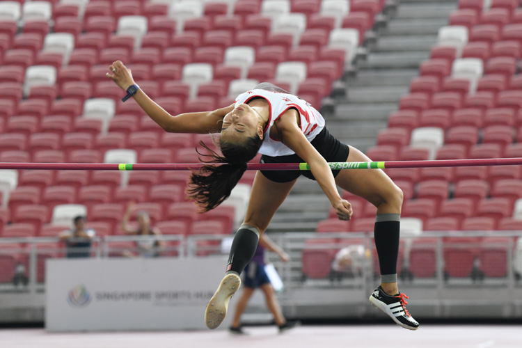 In the Women's High Jump event, Michelle Sng grabbed silver after jumping over a final height of 1.75 metres to equal her season's best which she recorded in February this year. (Photo 1 © Stefanus Ian/Red Sports)