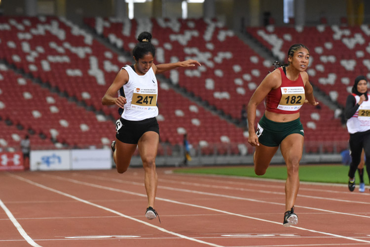 Shanti Pereira (#247) clocked 23.85s to finish with the silver in the 200m Women's Open final. (Photo 1 © Iman Hashim/Red Sports)