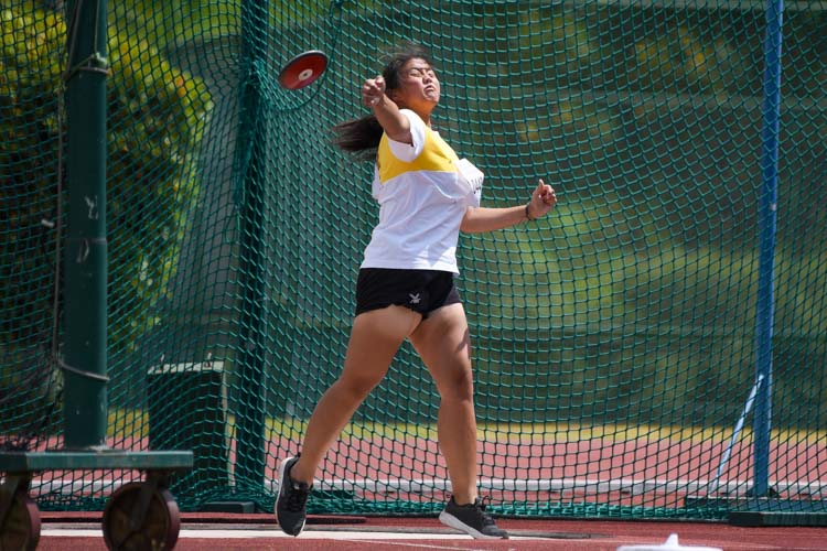 Anna Yap of VJC placed fifth in the A Division girls' discus with 27.22m. (Photo 22 © Iman Hashim/Red Sports)