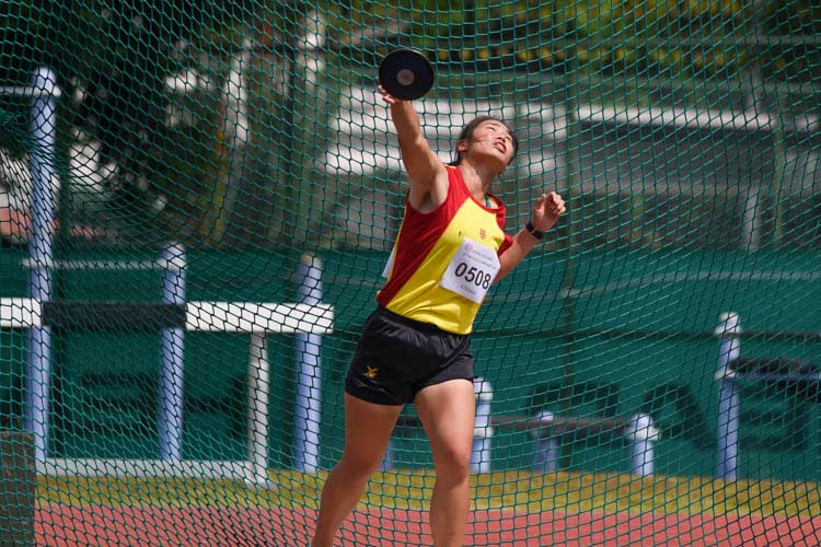 Foo Qi Xin of Hwa Chong Institution claimed the silver in the A Division girls' discus with a throw of 31.47m. (Photo 18 © Iman Hashim/Red Sports)
