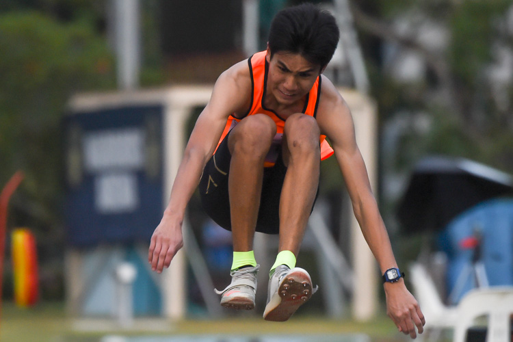 Andrew George Medina of Singapore Sports School rewrote the A Division boys' triple jump record with a 14.58m leap on his second attempt. (Photo 1 © Iman Hashim/Red Sports)