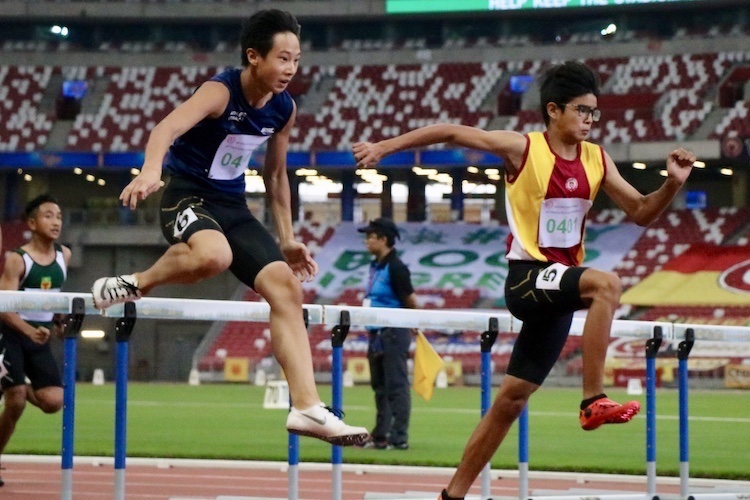 Simon Azulay Yan Wen of Victoria School placed first with a timing of 14.62. Following him closely Jordan Tan Cheng Yun from the School of Science and Technology. Jordan placed second with a timing of 14.67.