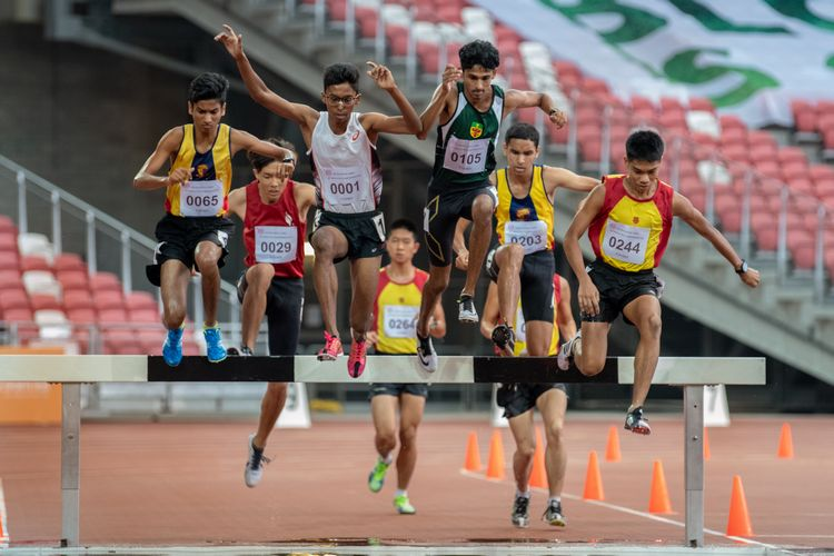 The A Division Boys' 3000m steeplechase re-ran on Thursday morning after a technical mistake during the original run on Monday.