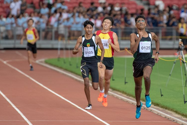 RI runners Nedunchezian Selvageethan (#125) and Armand Dhilawala Mohan (#105) overtook HCI's Ethan Yan (#238) in the third lap.