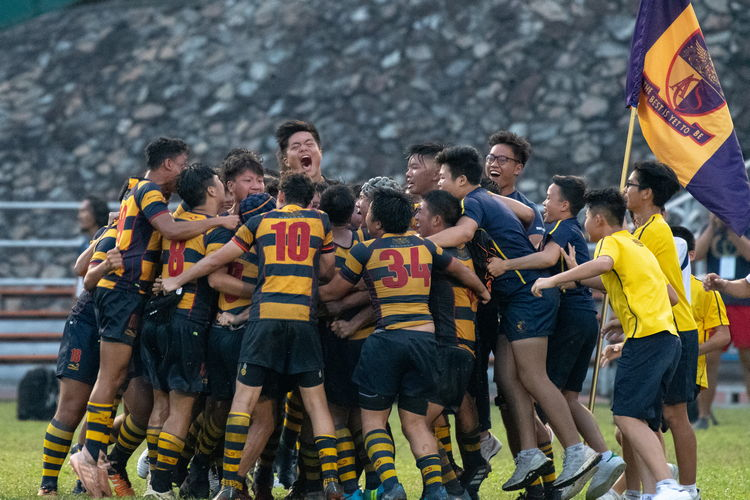 ACS(I) clawed its way back from 5-13 to 15-13, winning the B Division rugby final.