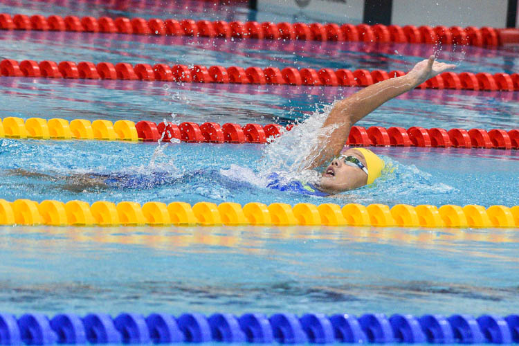 Charla Tan of RGS set a new meet record in the B Division girls' 200m Backstroke when she clocked 2:22.50 to win the final ahead of the previous record holder, teammate Bonnie Yeo. (Photo 1 © Iman Hashim/Red Sports)