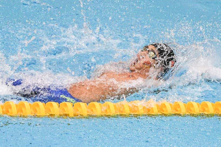 Gabriel Koo of ACS(I) clocked 27.65s to crack the C Division boys' 50m backstroke meet record. (Photo 1 © Iman Hashim/Red Sports)