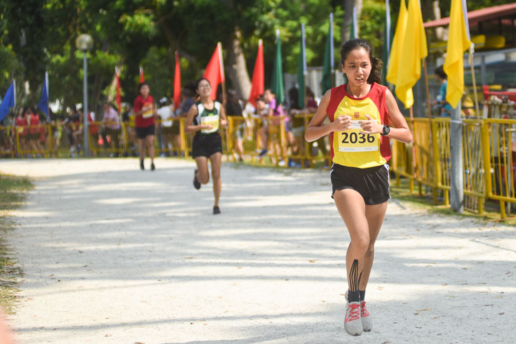 HCI's Toh Pei Xuan (#2036) finished fifth in the Girls' A Division cross country race with a time of 16:16.9. (Photo 1 © Iman Hashim/Red Sports)