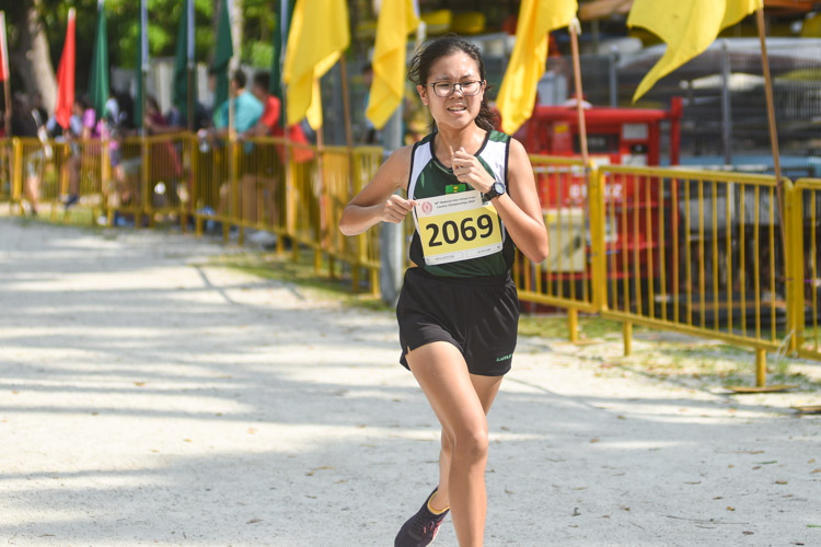 RI's Lim Zhi Xuan (#2069) finished sixth in the Girls' A Division cross country race with a time of 16:19.1. (Photo 1 © Iman Hashim/Red Sports)