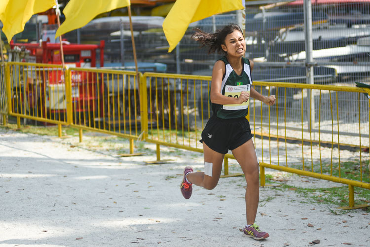 RI's Lim Xin Hui (#2066) finished 11th in the Girls' A Division cross country race with a time of 17:13.6. (Photo 1 © Iman Hashim/Red Sports)
