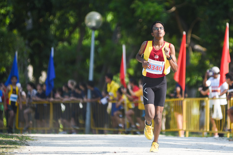 Victoria School's G Shyam Naidu finished fifth in the Boys' B Division cross country race with a time of 17:28.8. (Photo 1 © Iman Hashim/Red Sports)