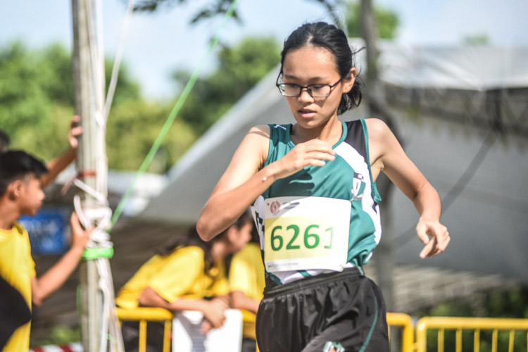 Ng Rui Shi of RGS finished eighth in the Girls' C Division cross country race with a time of 17:21.2. (Photo 1 © Iman Hashim/Red Sports)