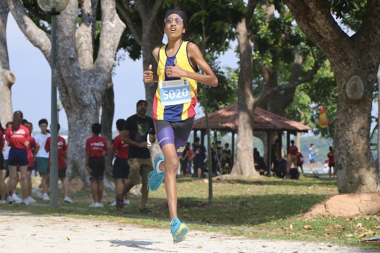 ACS(I)'s Niraj Singh finished eighth in the Boys' C Division cross country race with a time of 14:10.0. (Photo 1 © Julianna Jothi/Red Sports)