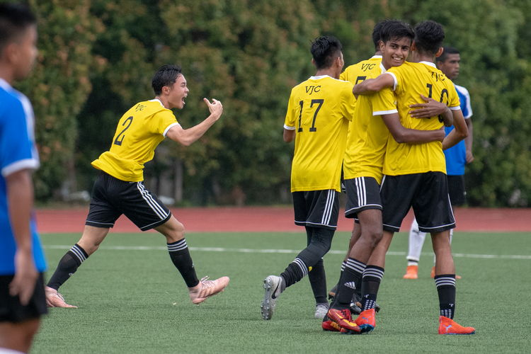 Oliver Lim's (VJC #2, left) first shot of the season was a goal for VJC that brought them to a scoreline of 4-0 against NYJC.