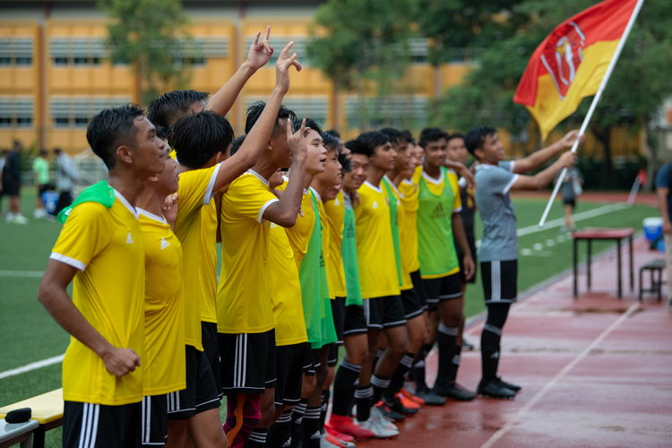VJC's players lined up to sing the school song with the spectators, as a gesture of respect to their school and to their supporters.